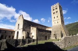 Saint-Michel-de-Cuxa, vue extérieur (crédit photo Wiedemann)